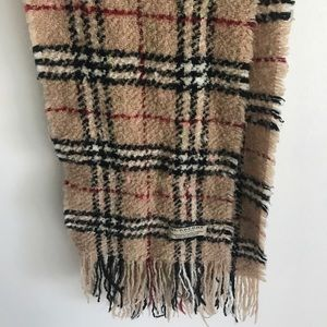 100% authentic Burberry scarf.